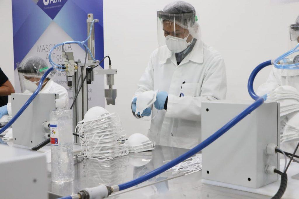 Las mascarillas de alta eficiencia constan de cinco capas de protección