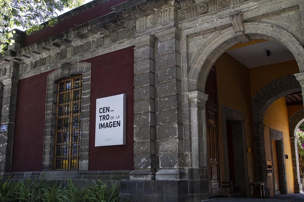 El Centro de la I magen invita a leer su revista Luna Córnea