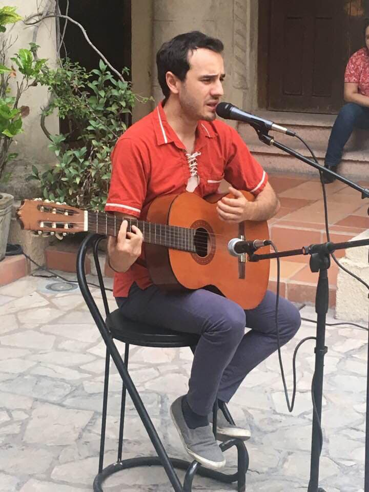"""Emmanuel Talancón presenta su disco """"Contradicciones"""""""