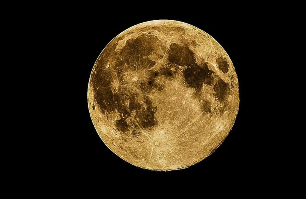La tierra: responsable de oxidación de suelo lunar