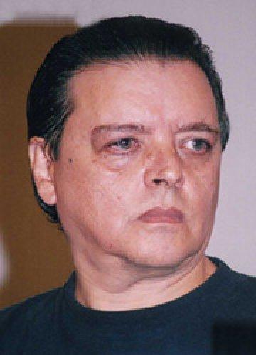 Fallece el escritor Luis Zapata a los 69 años