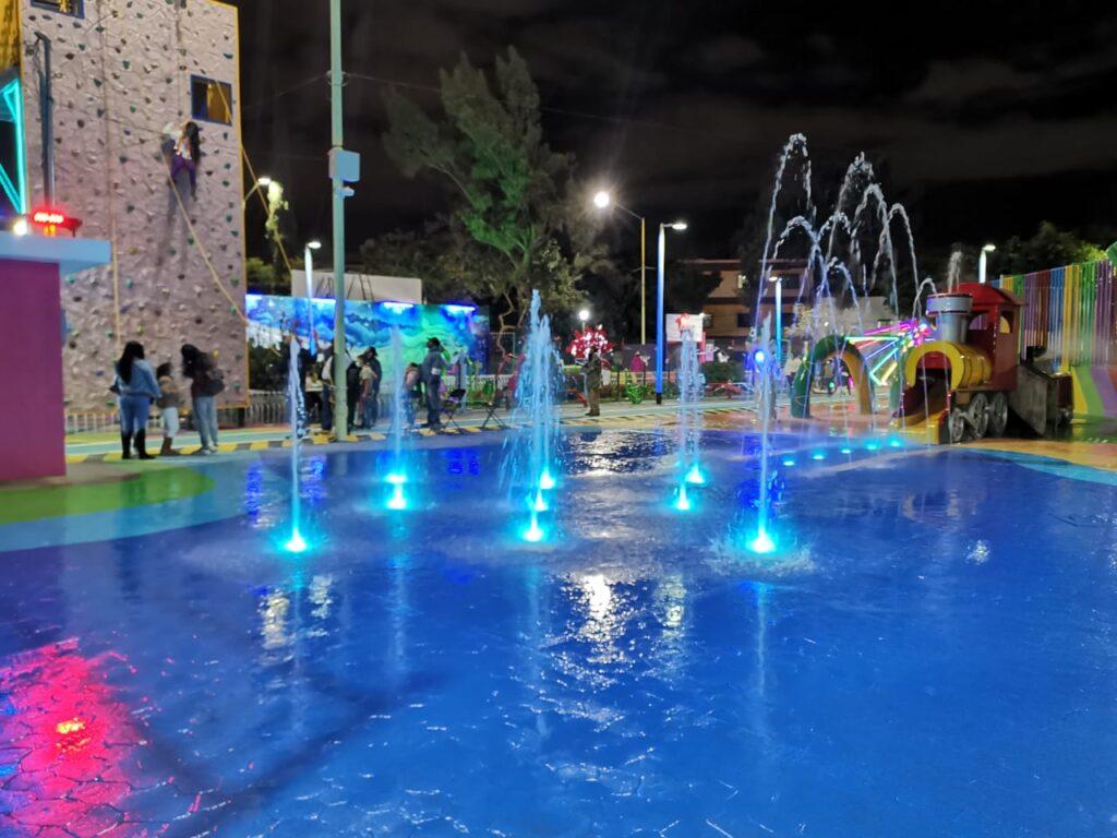 Reinauguran Plaza Santa Juanita en col. 20 de noviembre