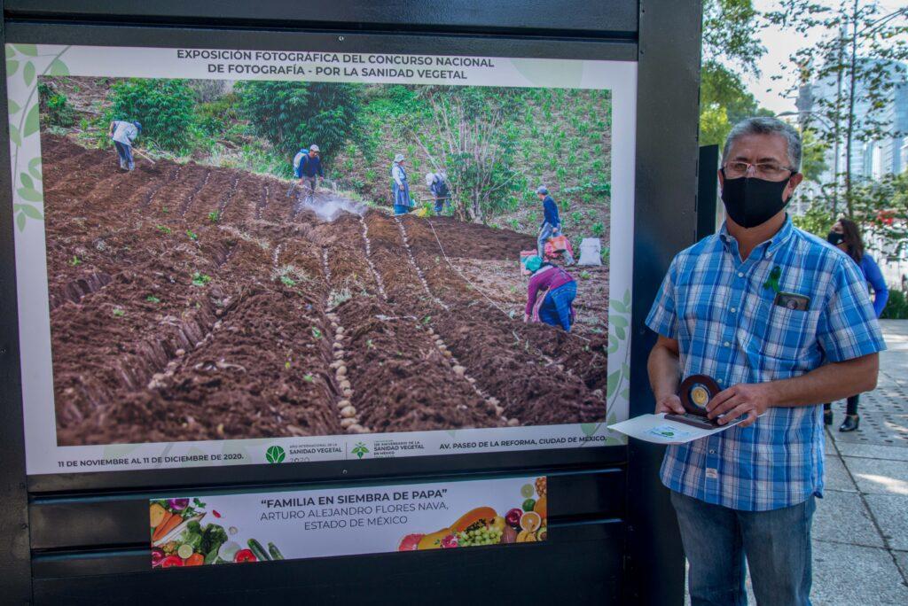 """Inauguran exposición fotográfica """"Por la Sanidad Vegetal"""""""