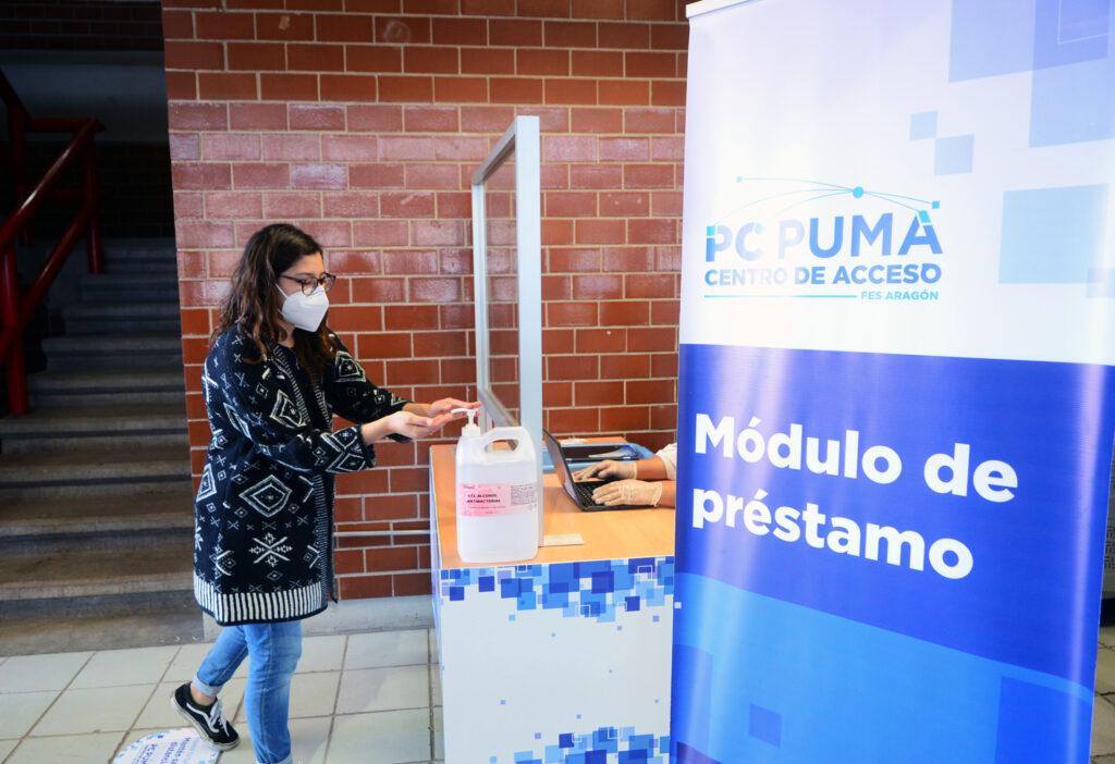 Universitarios de Neza y Ecatepec contarán con internet