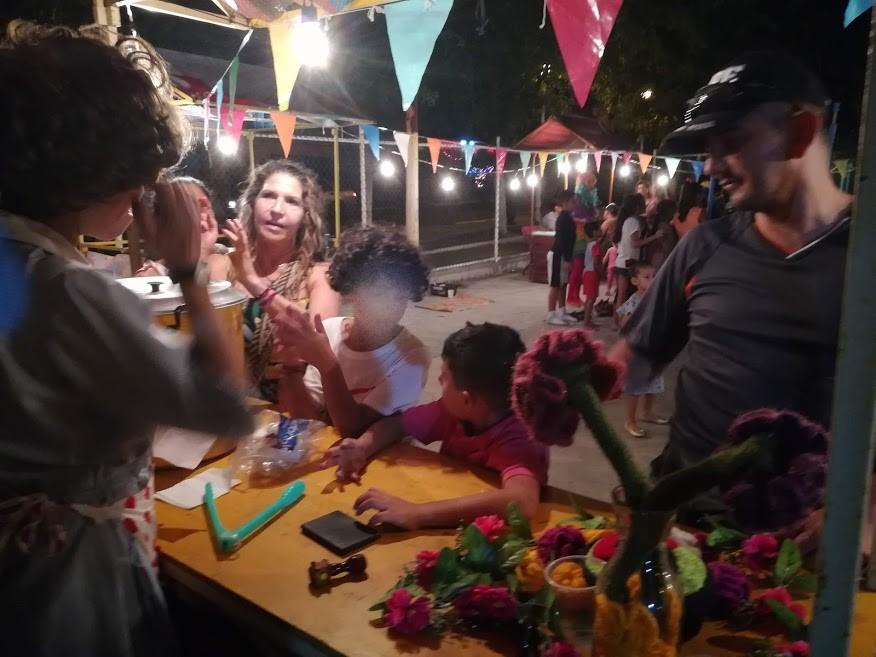 Kermés fiesta de barrio: corto documental