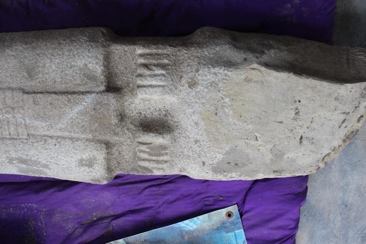 Hallan escultura prehispánica en Huasteca veracruzana