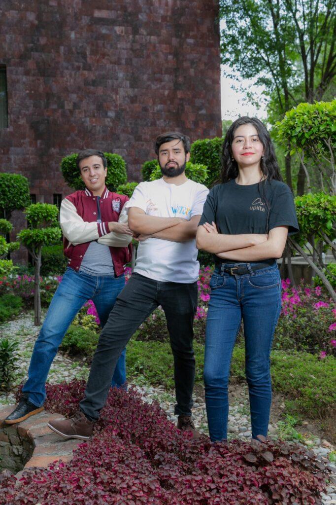 Estudiantes compiten en el University Rover Challenge