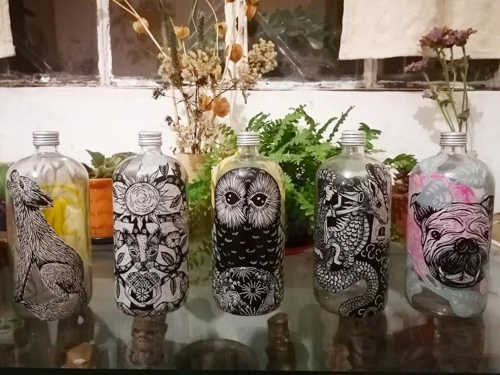 Artista Isabel Tello promueve reciclado en arte