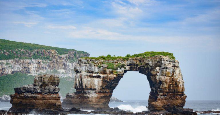 Colapsa el Arco de Darwin en las islas Galápagos