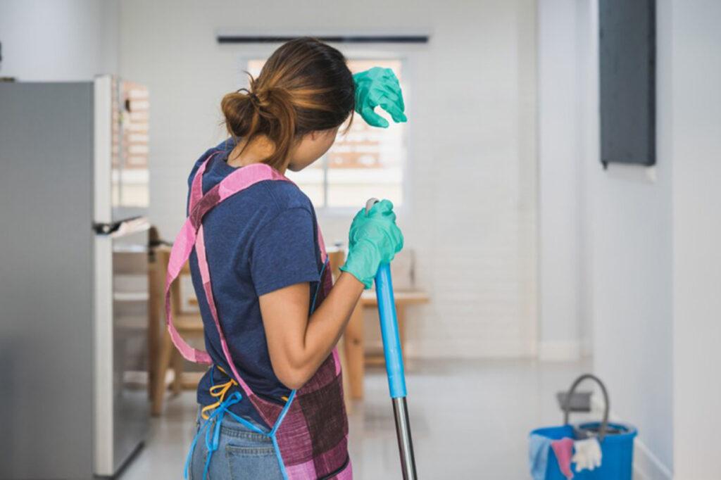 Pagar trabajo doméstico a mujeres es el 25 % del PIB