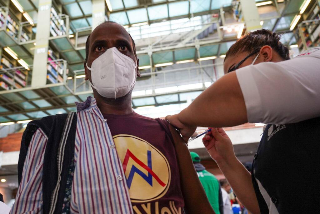 Iniciará vacunación en adultos de 30-39 en dos alcaldías